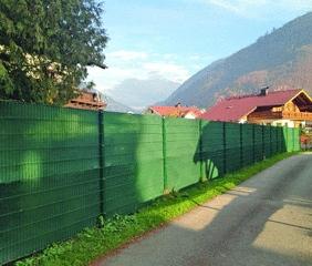 Sichtschutz am Zaun